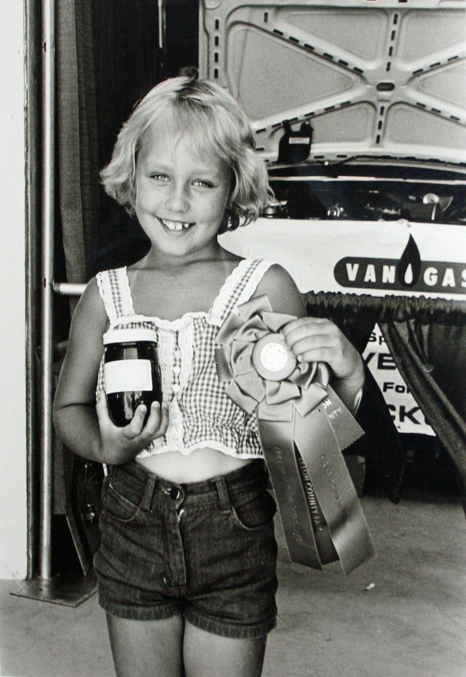 4-H Girl With Jam